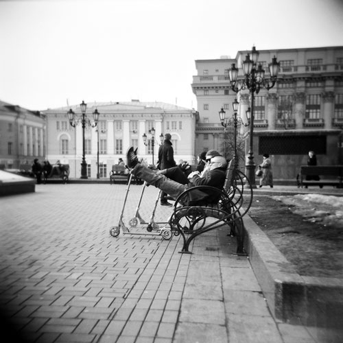 Moscow sunday fiesta - Street photography shot from the hip