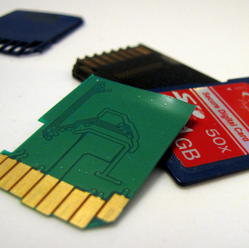 memory cards - broken memory card