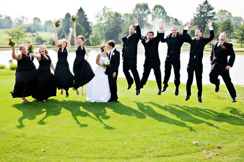 Fun wedding photo - bridesmaids and groomsmen jumping