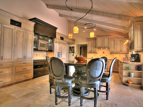 Great Kitchen in HDR real estate photograph