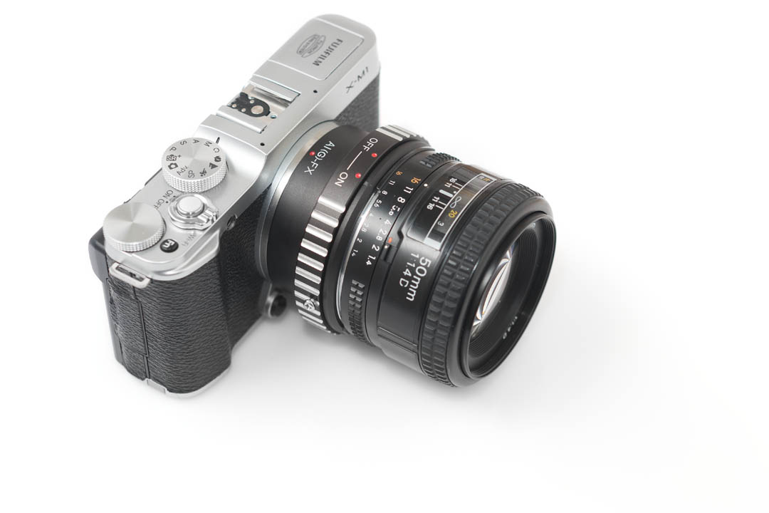 Vello Lens Mount Adapter for Nikon F-Mount Lens to Can LA