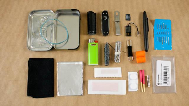 Altoids tin survival kit knolling photo