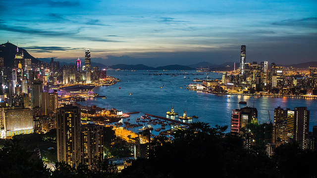 Photo of Hong Kong Victoria Harbour at twilight, taken at ISO 6400 using the 2014 released Sony A7s camera