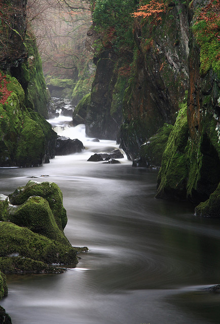 Long exposure photo of Fairy Glen on the River Conwy, using stacked ND filters
