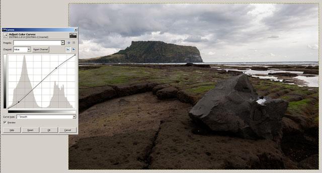 Curves adjustment in GIMP