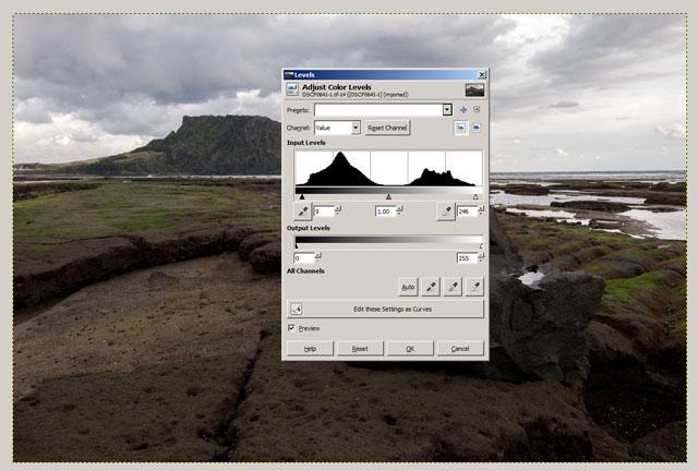 Levels adjustment in GIMP