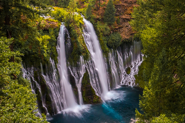Waterfalls in McArthur–Burney Falls Memorial State Park, CA