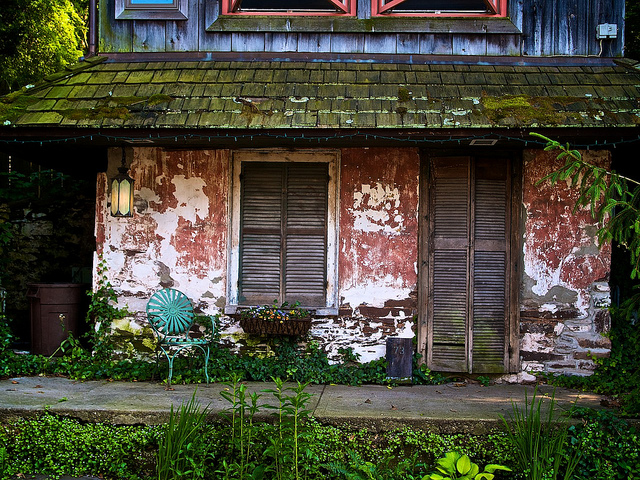 American Wabi Sabi - An old dilapidated house
